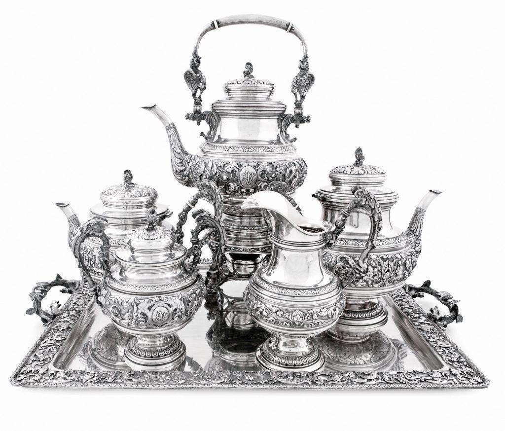 Juego completo de café y té con samovar subastado en Abalarte. Subasta n.º 23, lote n.º 634. Fotografía: Abalarte